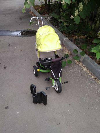 Продам детский велосипед трехколесный с родительской ручкой