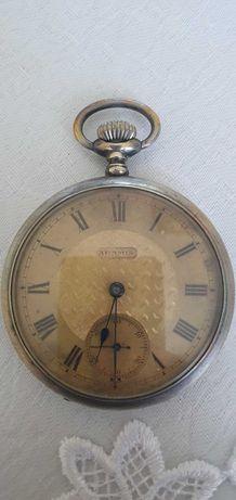 zegarek srebrny kieszonkowy