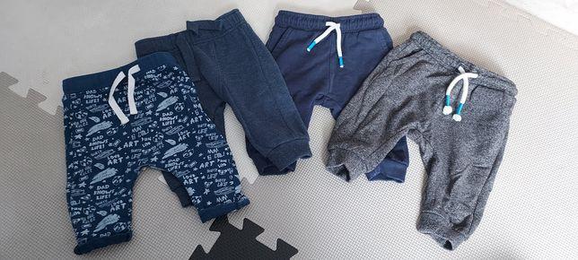 Spodnie dresowe 62