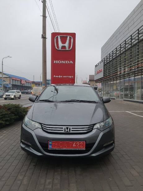 Honda Insight гибрид 2010г