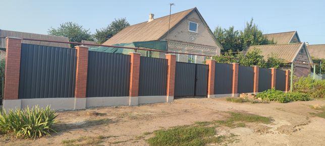 Забор из профнастила, откатные ворота, калитки, навесы крыши , бетон
