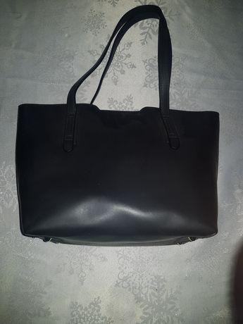 Nowa czarna skórzana torebka