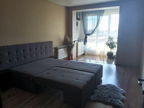 Однокімнатна квартира з виглядом на озеро