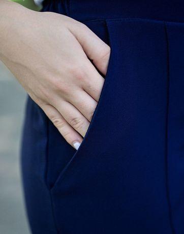 Костюм жіночий (жакет , штани)