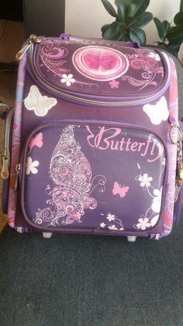 Рюкзак каркасный для девочки 1-4 класс.