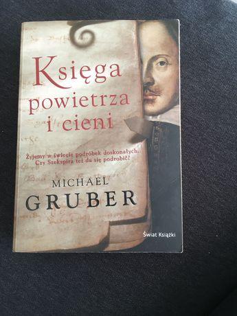 """Michael Gruber """"Księga powietrza i cieni"""""""