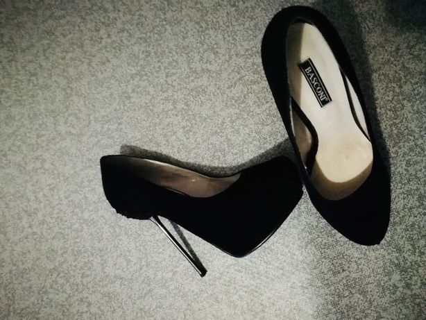 Продам туфли Basconi