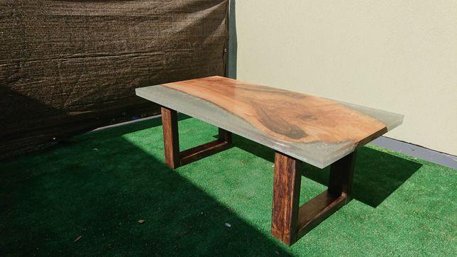 Stolik drewno + żywica