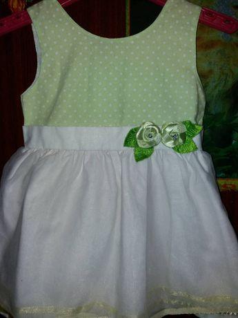 Нарядное праздничное платье на девочку 6-12 месяцев