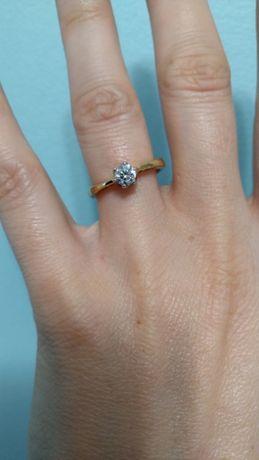 Pierścionek, zaręczyny, złoto, brylant, ślub, F.HINDS