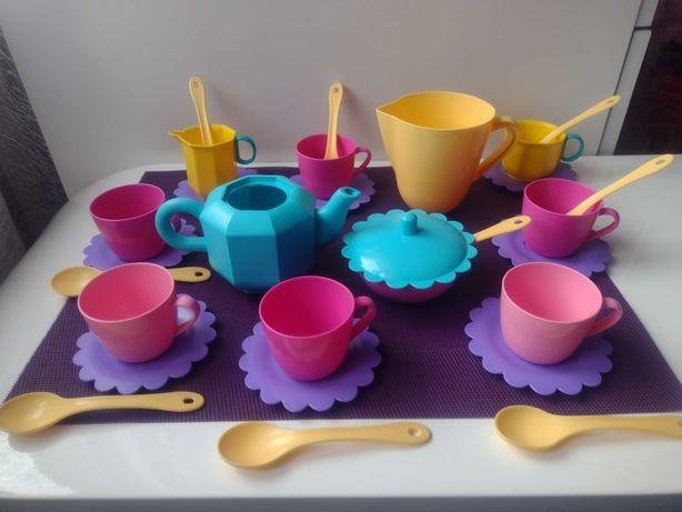 Plastikowy zestaw do herbaty do zabawy