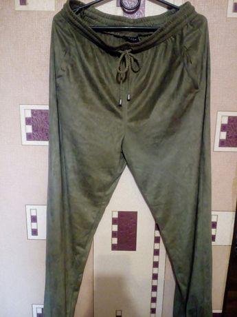 Велюровые штаны Vila