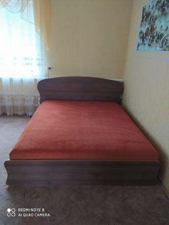 Ліжко двохспальне