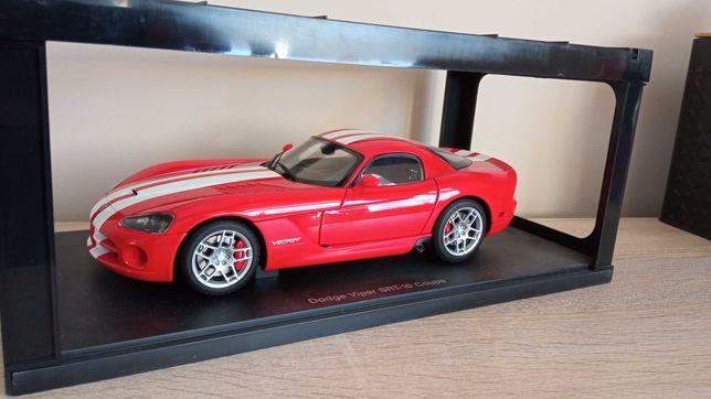 Dodge Viper SRT - 10 Autoart 1:18