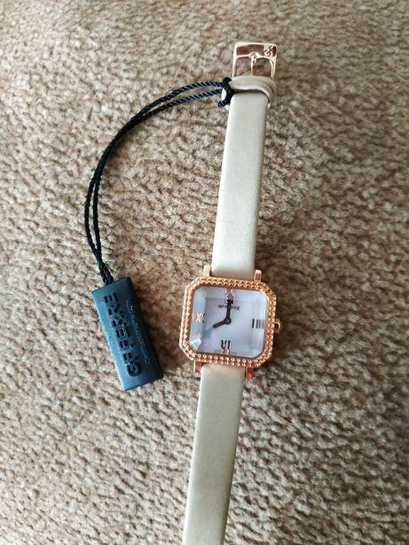 Продам новые брендовые часы