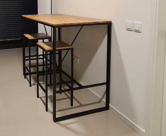 Mesa Alta Cozinha + Bancos (La Redoute)