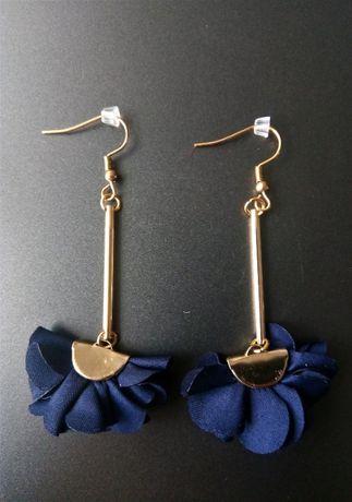 Kolczyki złote wiszące ślubne wizytowe HandMade granatowe KWIAT