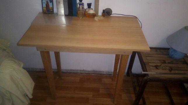 Продам небольшой столик