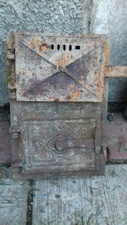 Stare żeliwne drzwiczki od pieca do czyszczenia oryginał patyna