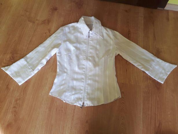 Biała koszula rozpinana na zamek