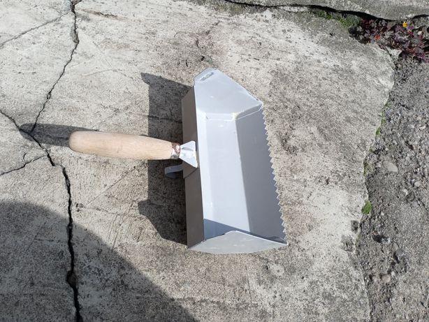 Kielnia do betonu komórkowego 240mm