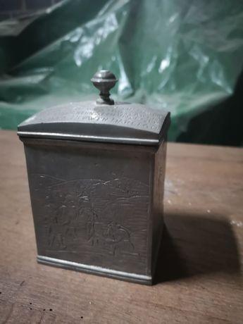 Pojemnik metalowy