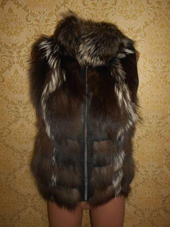 Жилетка безрукавка натуральный мех чернобурка