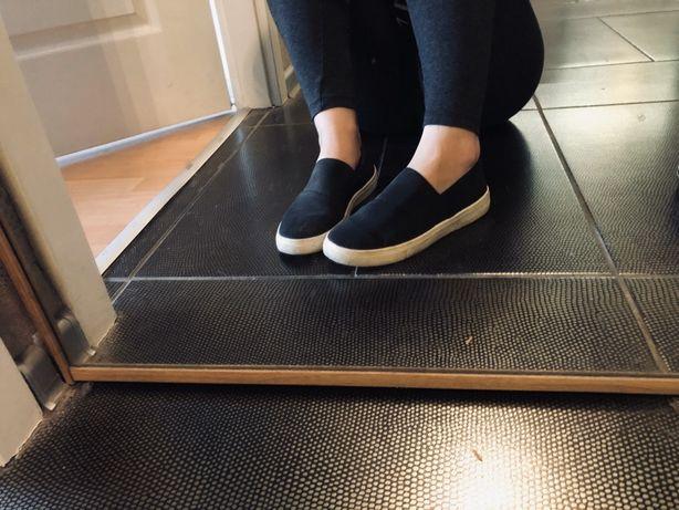Czarne buty slip on rozmiar 39 trampki