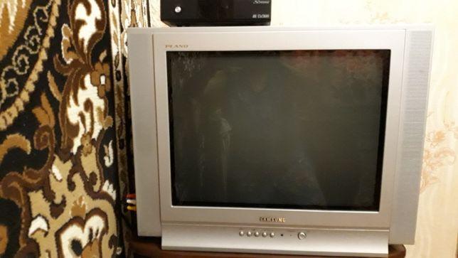 Продам телевизор Самсунг с тв-тюнером