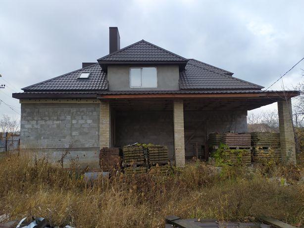Продается дом под отделку на П. Поповича