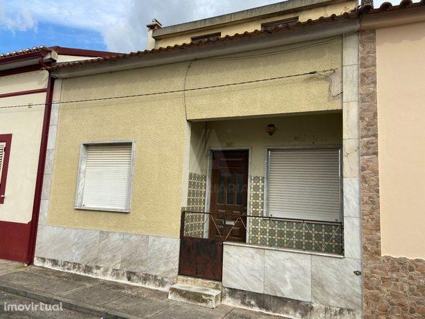 Moradia T3 com Quintal e Garagem