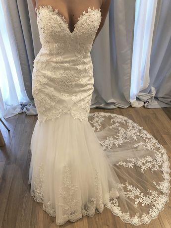 Sprzedam suknie ślubna NOWA MADONNA wyprzedaż r. S/170cm koronka