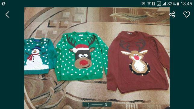 Кофта, свитер новорічний з оленями для сім'ї