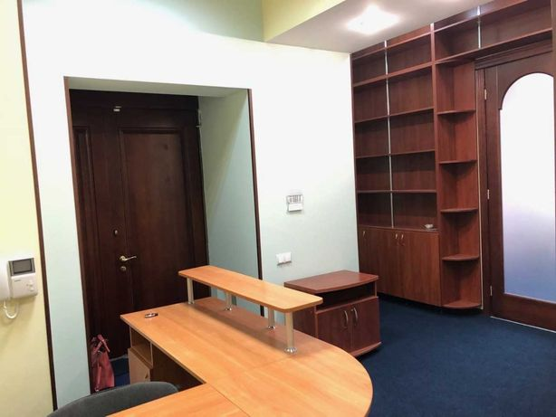 тихий офис возле парка Шевченко