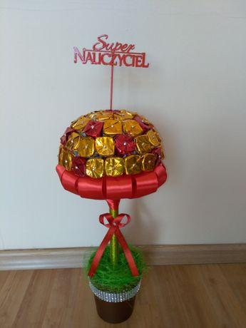 Drzewko z cukierków na prezent, rękodzieło