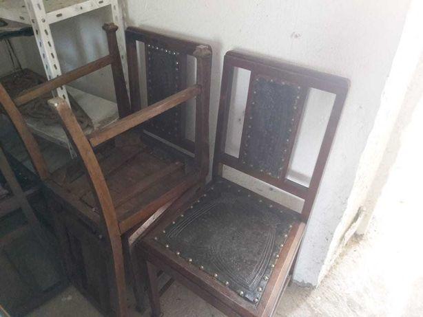 12 cadeiras; estilo antigo