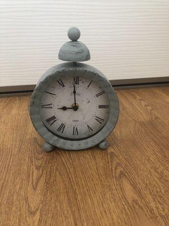 Zegar stojący szary