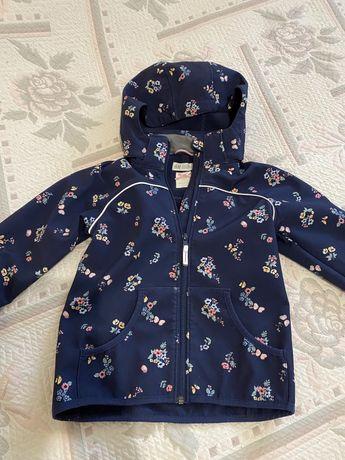 Курточка деми на флисе waterproof H&M 6-7 лет
