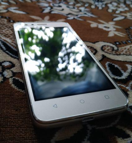 Продам смартфон (телефон) Huawei Y3 ll (lua-u22)