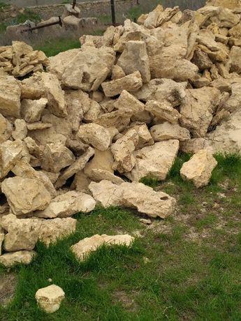Отсев,щебень,камень бут,песок,глина,чернозем,вывоз строймусора и др