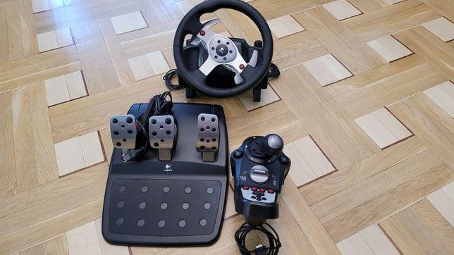 Logitech G25 Racing Wheel for PC + PS2/3