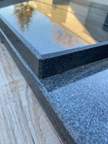 szare czarne parapety zewnętrzne wewnętrzne z granitu schody stopnie