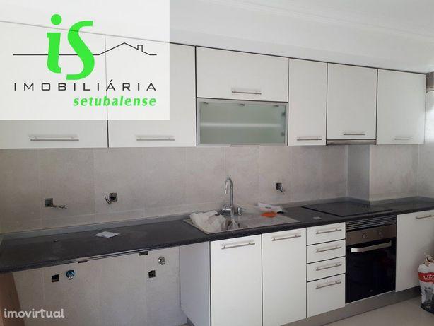 Apartamento T2 remodelado em Marisol (seixal)