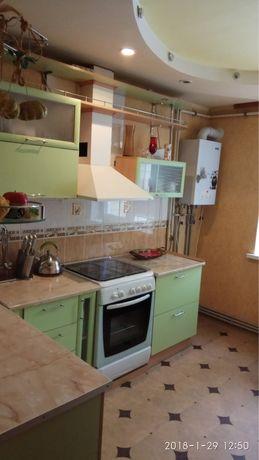 Аренда 3 комнатной квартиры 10 мкрн. АО