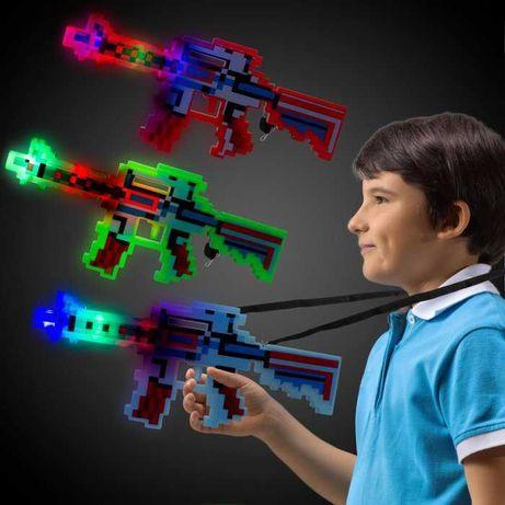 Майнкрафт Minecraft светится, есть звук. Меч, автомат, пистолет
