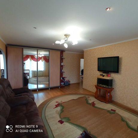 Продам 3-кімн квартиру з автономним опаленням Канів