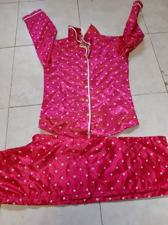 Pijama de Cetim - novo 5/6 anos