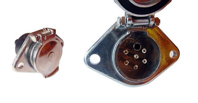 Gniazdo 24V - 7 PIN typ S przyczepa - Faktura VAT