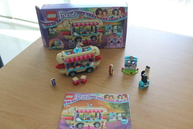 Lego Friends Carrinha de Cachorros Quentes de Parque de Diversões
