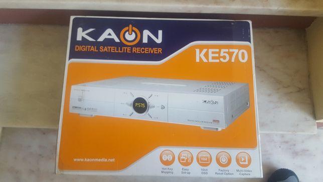 Receptor TV Satélite KAON KE570 novo com comando